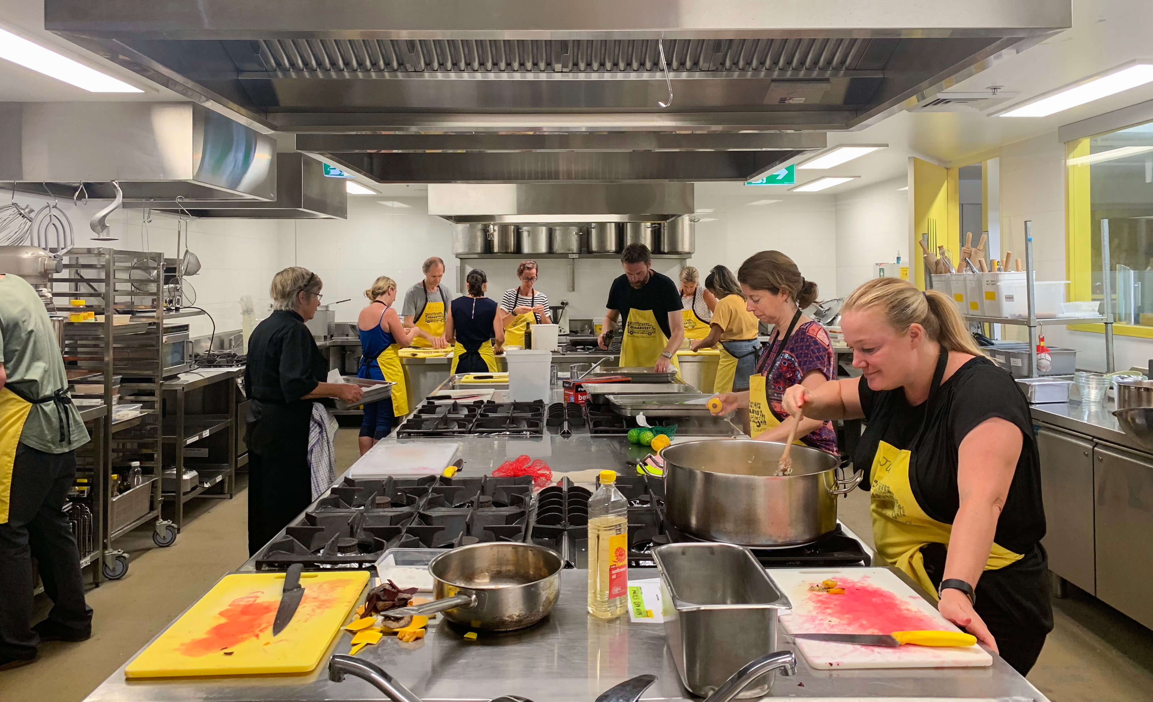 Pledge 1: we smash, whip and dice at OzHarvest
